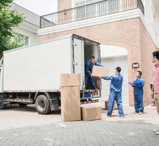 washington dc moving services and budget truck rental dc helping a family to move out